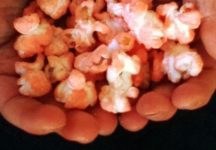 Sweet flavored popcorn