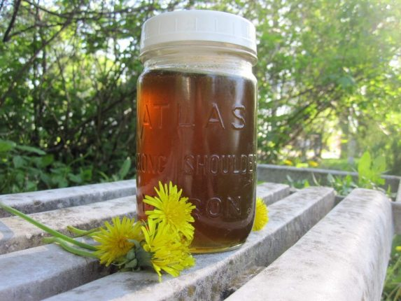 How to Make Dandelion Syrup