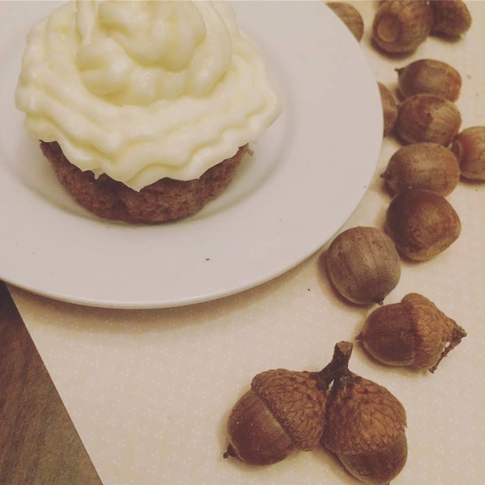 Acorn Spice Cupcakes (gluten free)